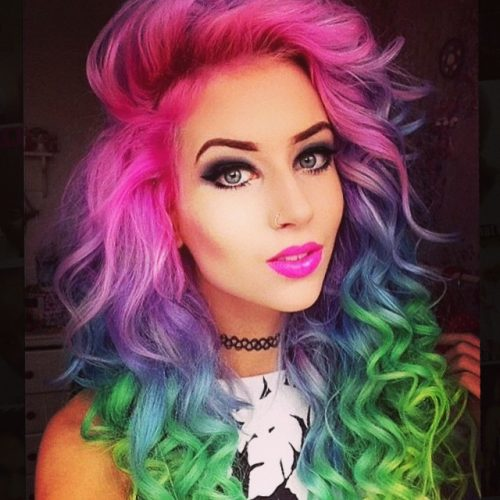 20 Cute Emo Hairstyles for Girls