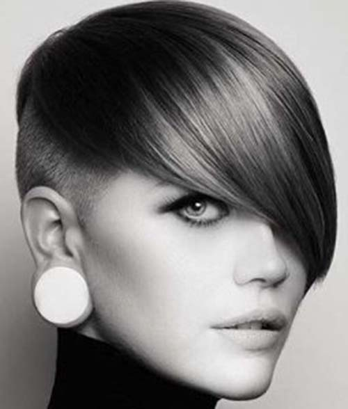 gorgeous looks with pixie cut
