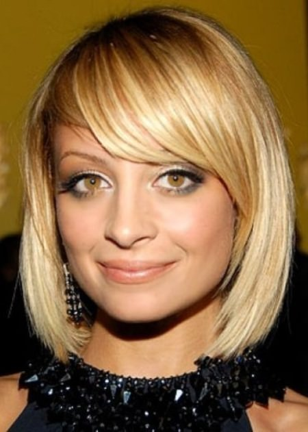 rounded-bob-and-swept-bangs-short-wavy-hairstyles