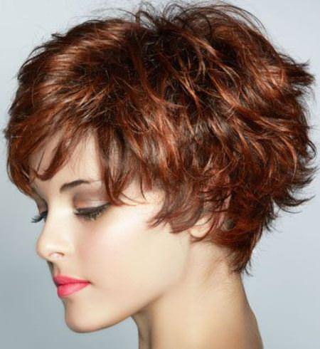 choppy-layers-short-wavy-hairstyles