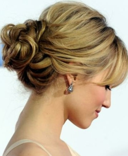 classy-chignons-hairstyles-for-fat-faces