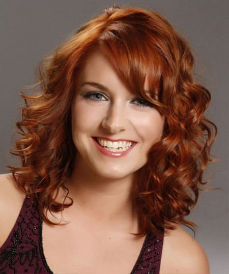 copper-curls-with-side-bangs-hairstyles-for-fat-faces