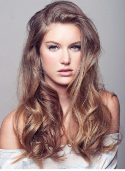 dark-and-brown blonde hair color ideas for women