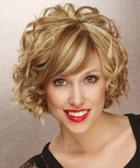15 Short Curly Hairstyles