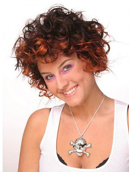 highlighted-short-curly-hairstyles