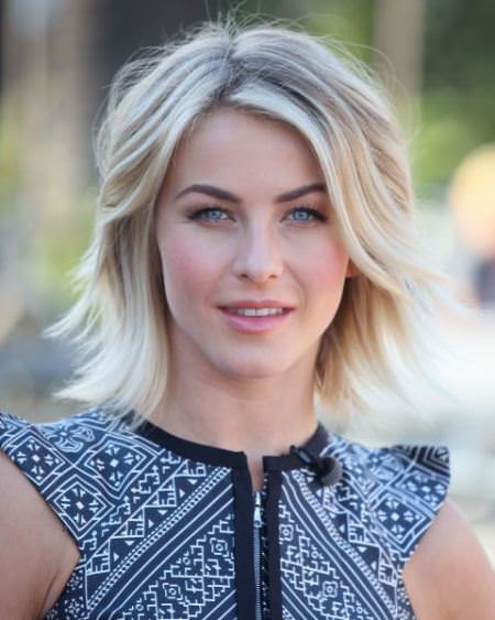 jaggered-part-with-waves-short-hairstyles-for-fine-hair