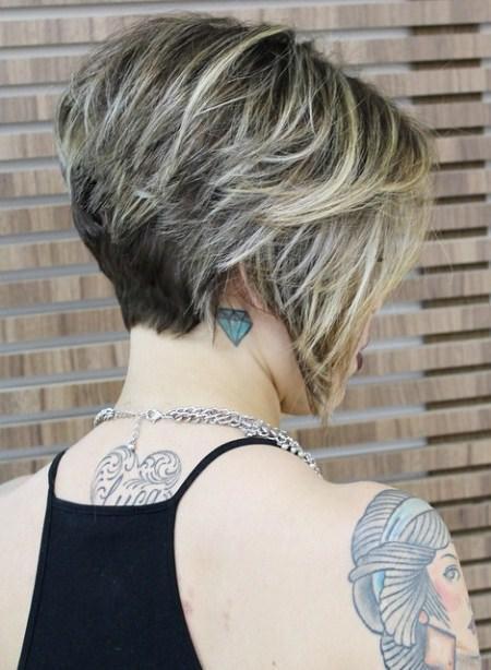 layered-inverted-bob-short-wavy-hairstyles