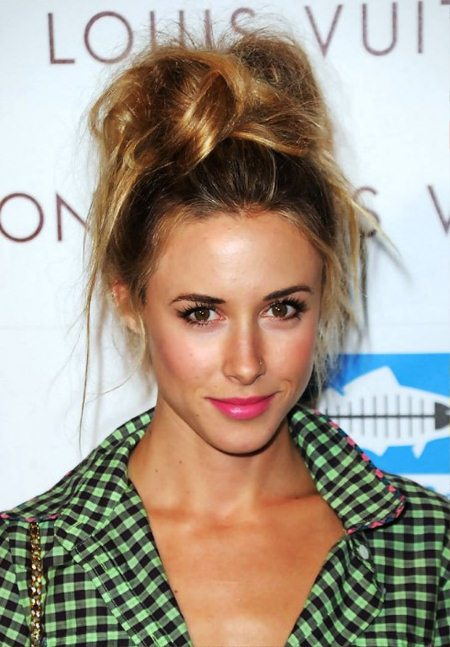 messy chic top 20 knot hairstyles