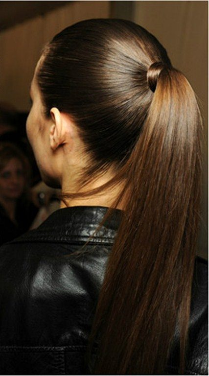perfect pony hairstyles for medium hair