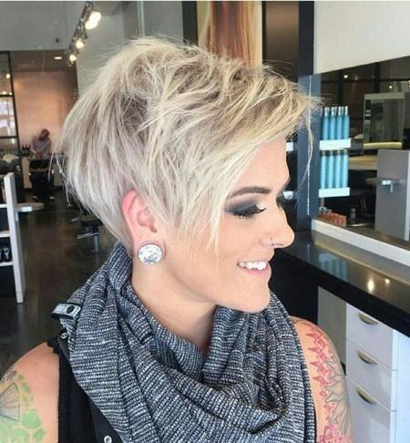 platinum-pixie-short-hairstyles-for-fine-hair