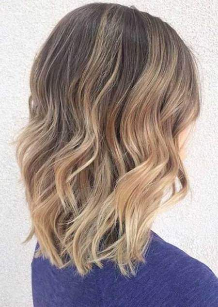 20 Short Wavy Hairstyles For Girls