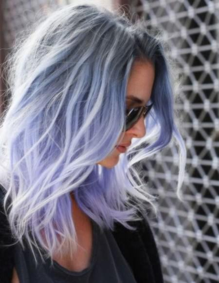Blue beauty ombre hair ideas for cropped locks