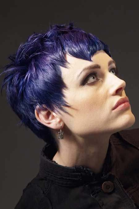 bold-pixie-haircuts-for-women