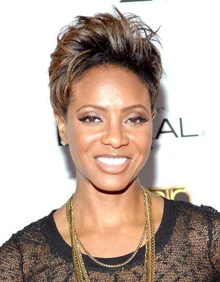 highlighted pixie great black short hairstyles