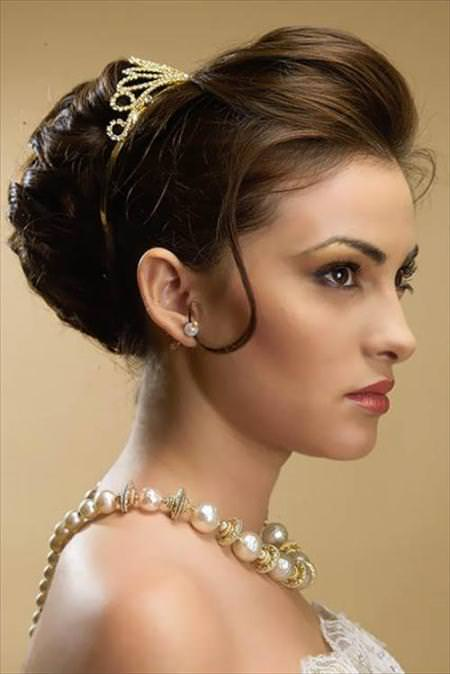 huge highlighted updos for short hair