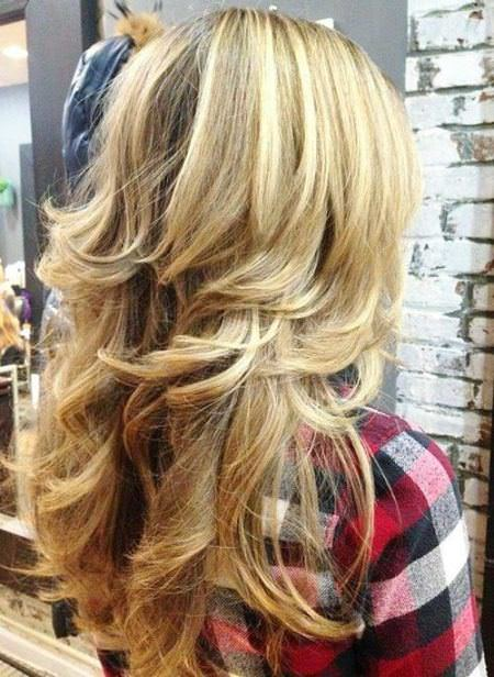 Long and shaggy hairstyles for thick hair
