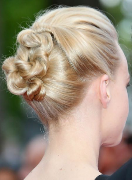smart twisted updos for short hair