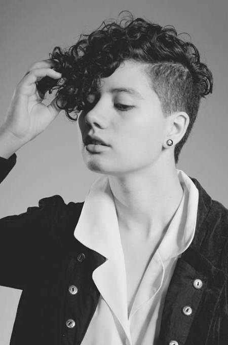 Undercut curly hair short wavy hairstyles for girls