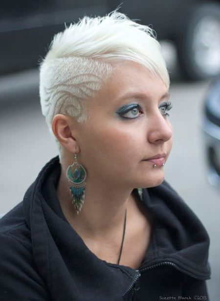 blonde-buzzed-pixie-punk-hairstyles-for-women