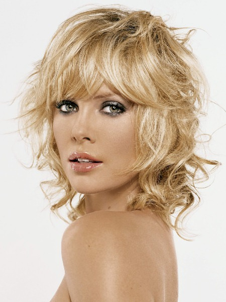Short Curly Hair With Bangs And Layers 45